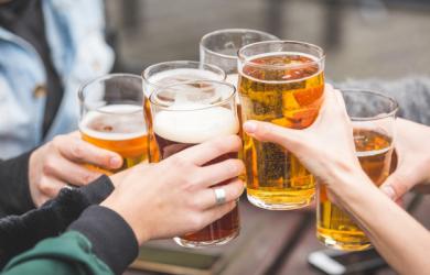 Uống rượu bia cùng 6 thực phẩm này sẽ sinh ra độc tố, gây hại gan thận nghiêm trọng