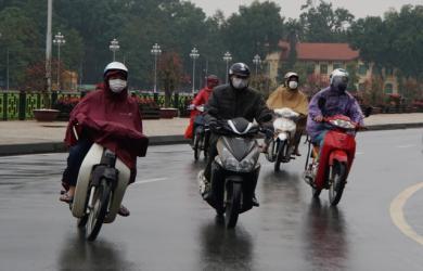 Hà Nội mưa lạnh do ảnh hưởng gió mùa Đông Bắc