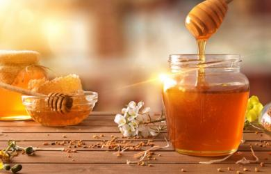 Uống mật ong rất tốt nhưng tránh ngay thời điểm này kẻo phản tác dụng
